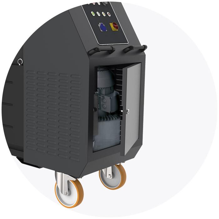 iv4-emulsio-line-industrial-vacuum-cleaners-ivision-vacuum-c2